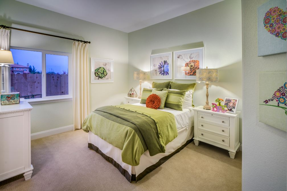 Model Bedroom the shasta at cresleigh peaks - dream collection in yuba city ca