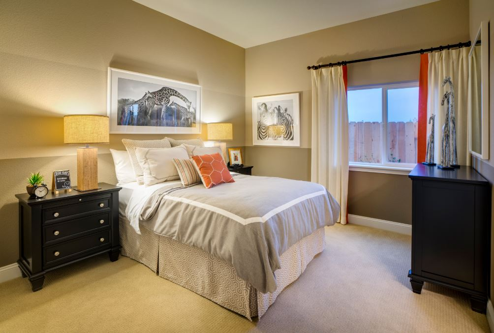 Pikes Model - Bedroom 1