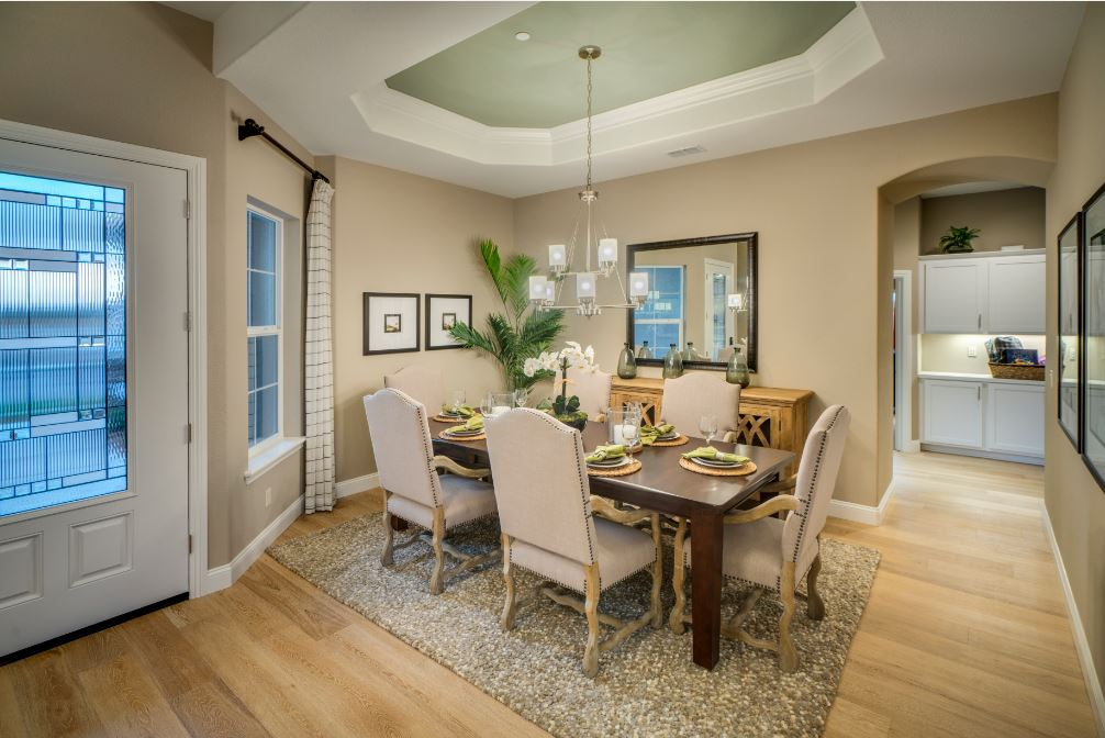 Pikes Model - Dining Room
