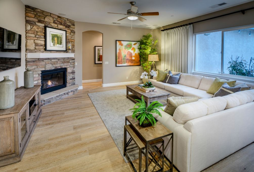 Pikes Model - Family Room